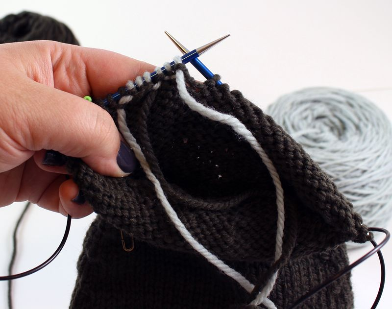 Colorwork in the round tutorial 10