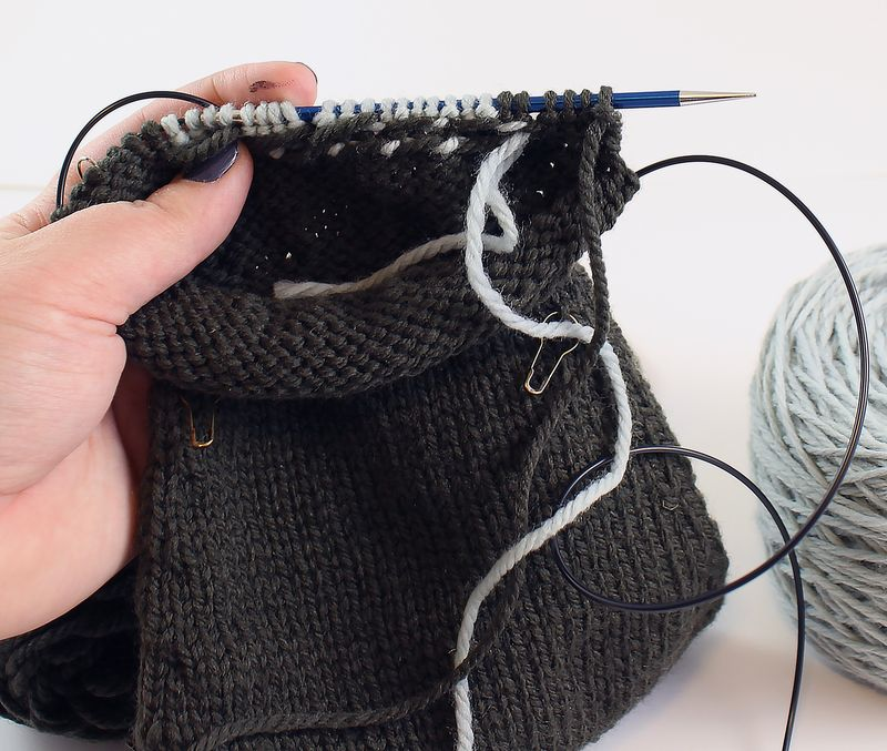 Colorwork in the round tutorial 28